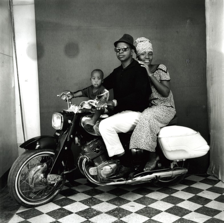 © Malick Sidibé, The whole family on a motorcycle, 1962, gelatin silver print, 50 x 60 cm. Courtesy of Fifty One Fine Art Photography