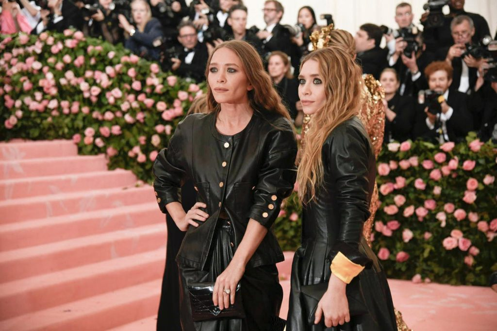 Mary-Kate and Ashley Olsen, right. Photo by Karsten Moran for the New York Times.