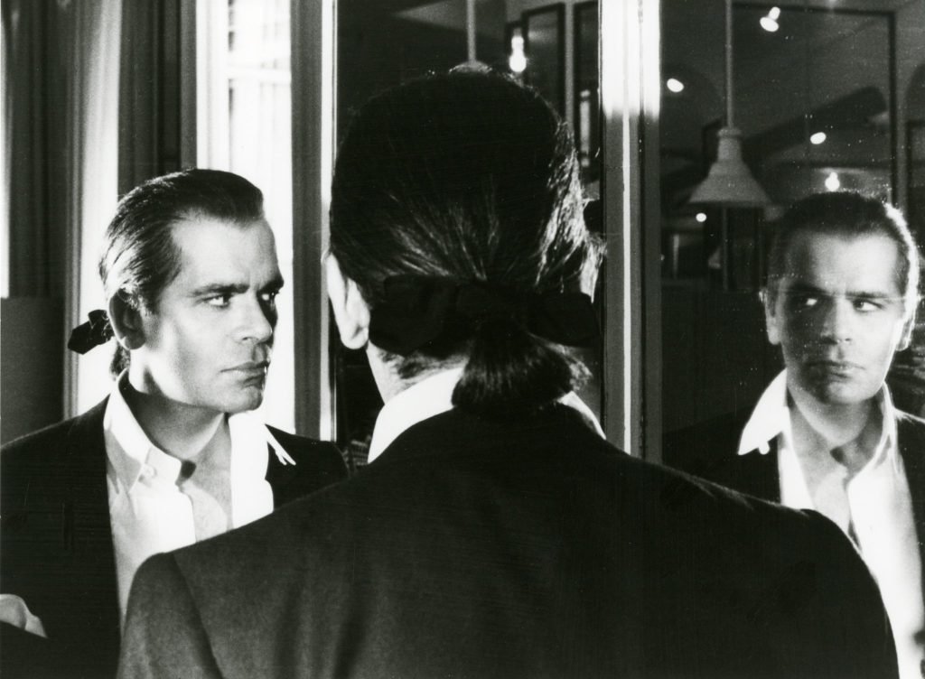 Karl Lagerfeld in Paris in 1983. The Helmut Newton Estate/Maconochie Photography